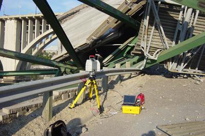Laser Scanning the I-35W Bridge Collapse - Image 1